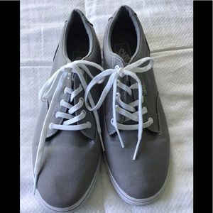 """VANS """"Off the Wall"""" SNEAKERS WOMAN'S SIZE 10"""